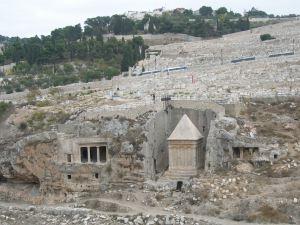 Tombe ebraiche nella valle del Cidron