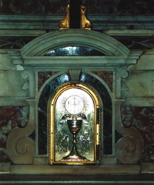 Momento di Adorazione Eucaristica